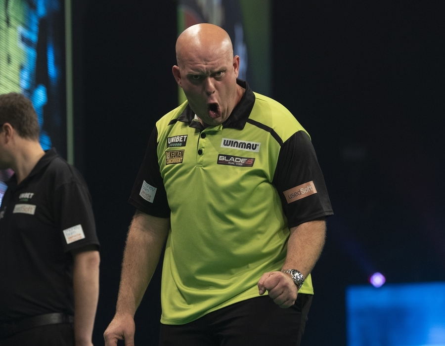 Van Gerwen Tops Table and Qualifies for Premier League Play-offs