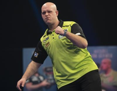 Table-Topper MvG Sets up Clash with Gary Anderson