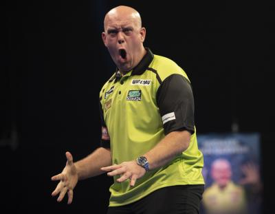 Van Gerwen Wins Last-leg Thriller Against Ratajski on World Grand Prix Night One