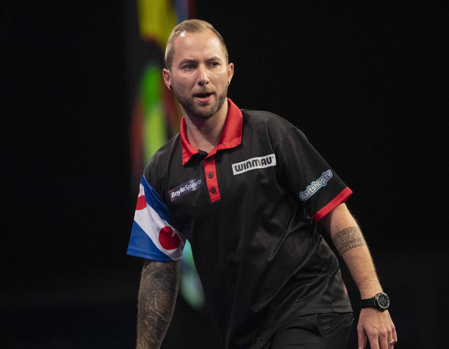 Noppert and King Advance into Round 2 - World Grand Prix 2019