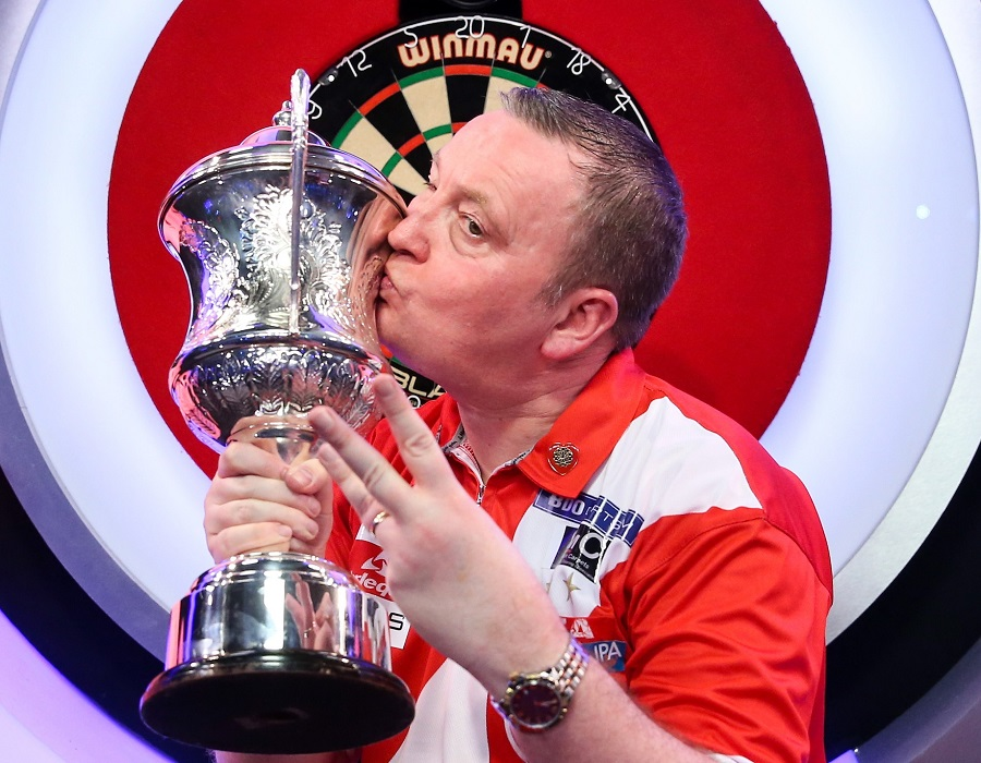 Durrant completes Lakeside World Championships Hat-trick
