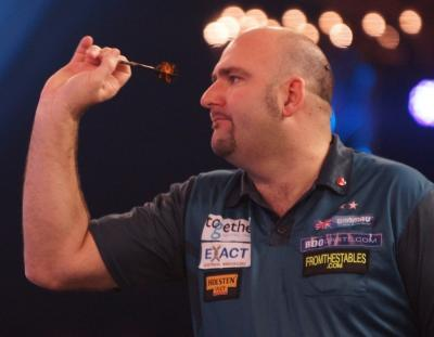 Two-time World Champion Waites sets up Veenstra Clash
