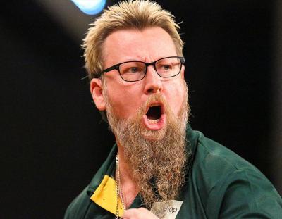 Whitlock Powers through Wright into Slam Quarter-finals